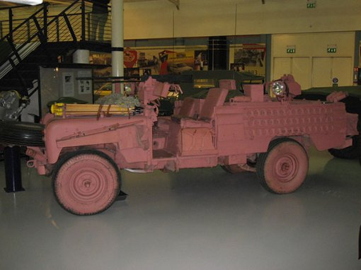 Landy Land UK: SAS Pink Panther