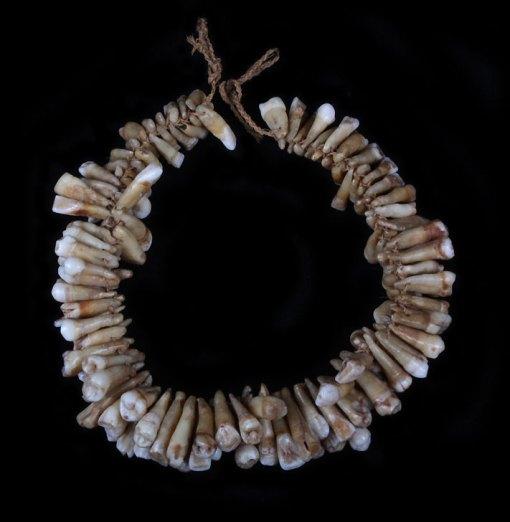 TribalMania: Fijian tooth necklace