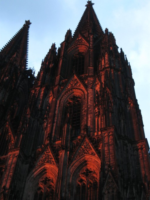 Beautiful reflected sunset on the Köln Dom